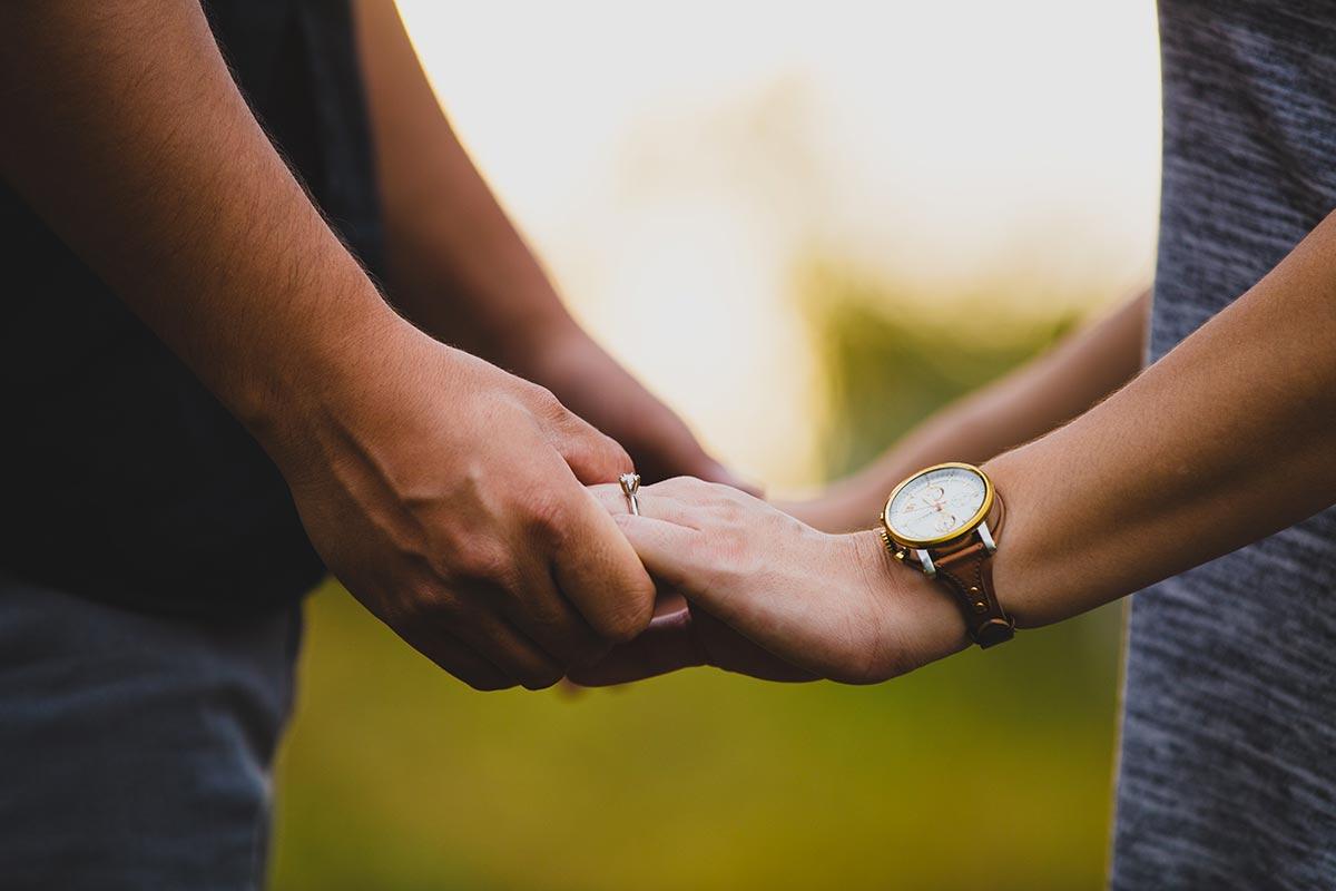 THÉRAPIE DE COUPLE À NÎMES ET SOMMIÈRES